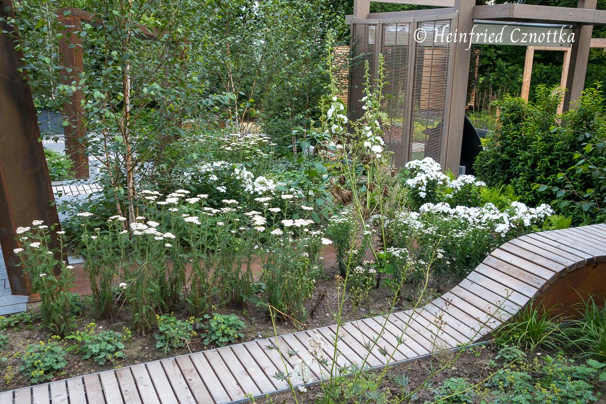 Landesgartenschau Bad Lippspringe, Ausschnitt aus einem Schaugarten in weiß