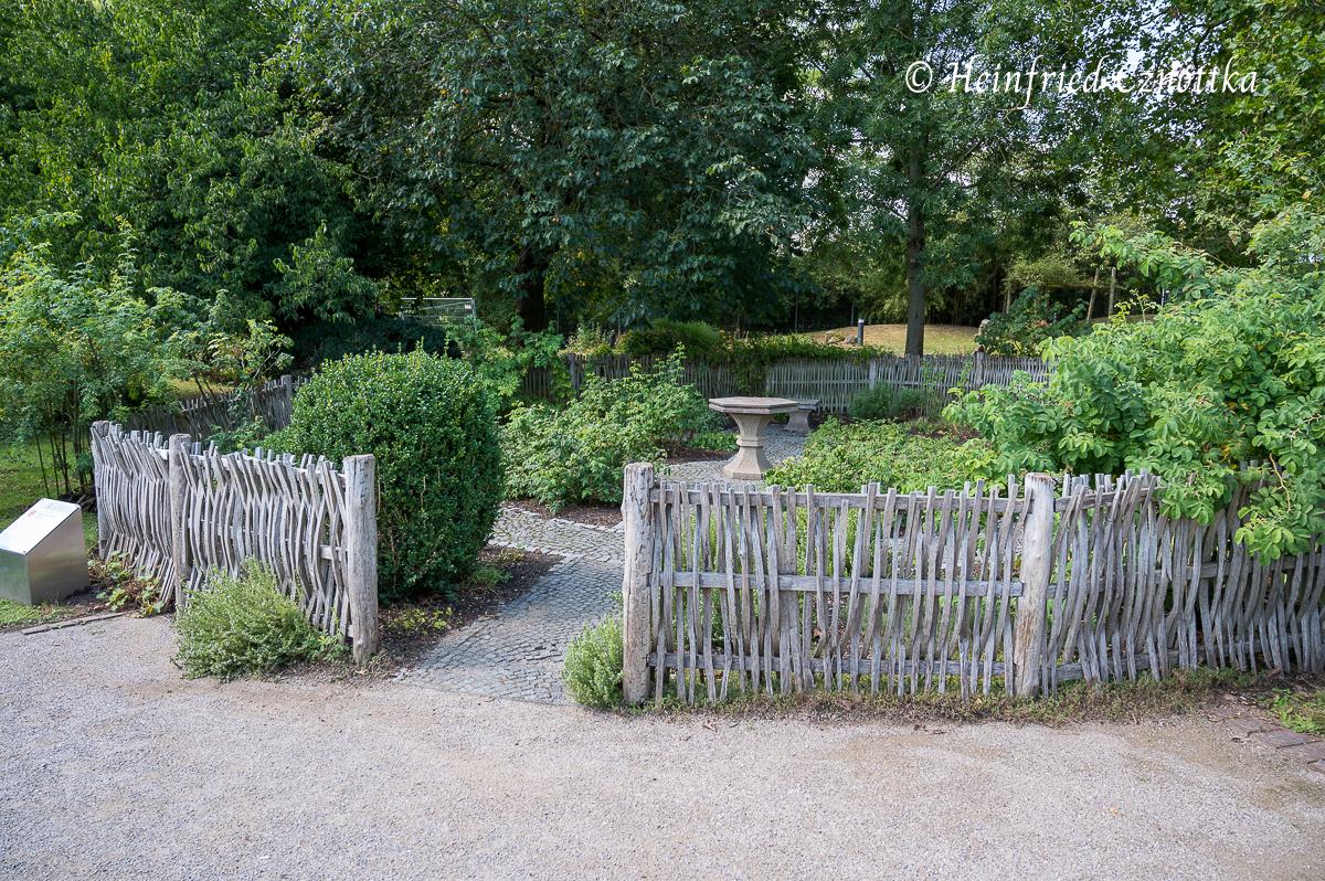 Nachbau eines mittelalterlichen Gartens