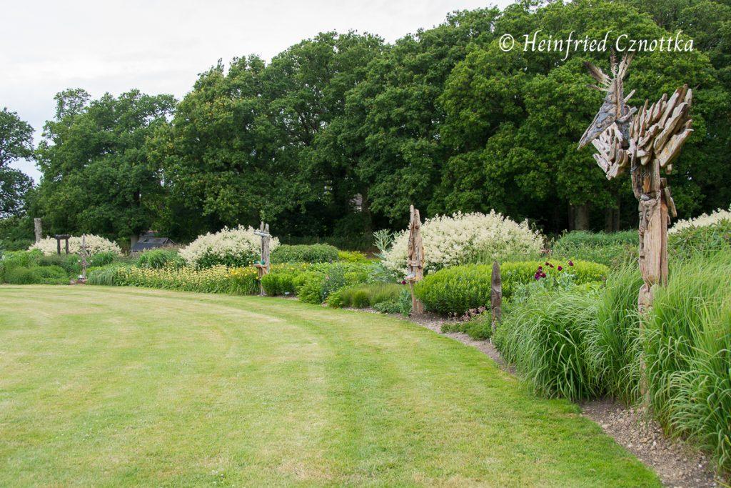 """Sussex Prairies Garden, Bergknöterich (Aconogonon speciosum) """"Johanniswolke"""", Gestaltungsprinzip: Wiederholung"""